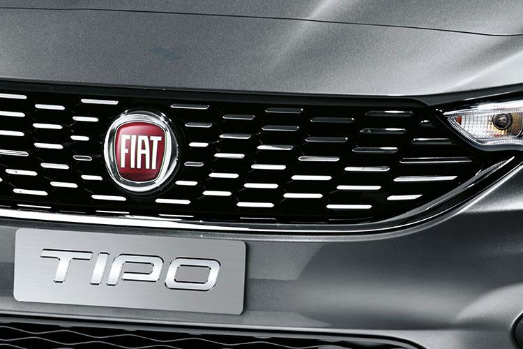 Fiat Tipo Hatch 5Dr 1.0  100PS Cross 5Dr Manual [Start Stop] detail view